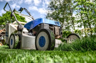 Differences Between A Normal And Front-Self-Propelled Lawn Mower